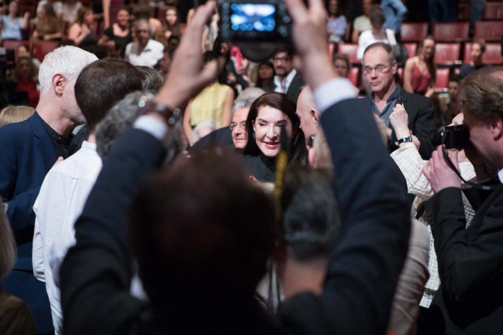 """Marina Abramović bei der Eröffnung von """"The Cleaner"""" in der Bundeskunsthalle (19. April, 2018)"""