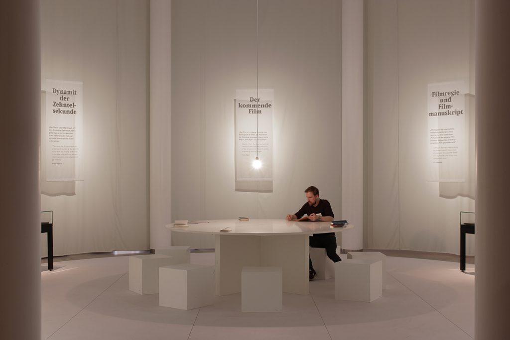 """Ausstellungsansicht """"Film denken"""". Fotos: Georg Simbeni © Deutsche Kinemathek Berlin"""