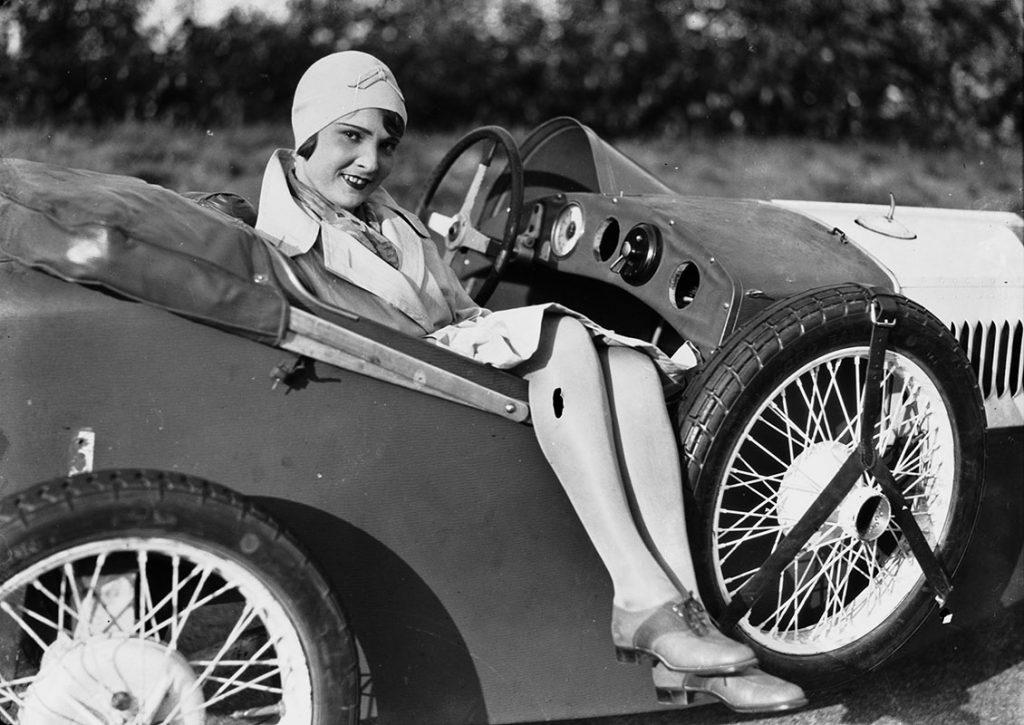 Liselotte Schaak, ACHTUNG! LIEBE! LEBENSGEFAHR! (Ernö Metzner, 1930), Quelle: Deutsche Kinemathek – Fotoarchiv, Foto: Hans G. Casparius © Deutsche Kinemathek – Hans G. Casparius